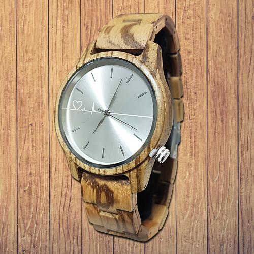 Ceas-de-lemn-personalizat-siberian